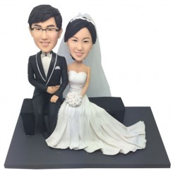 custom elegant wedding bobbleheads