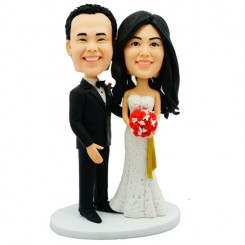 customised bobblehead wedding cake topper