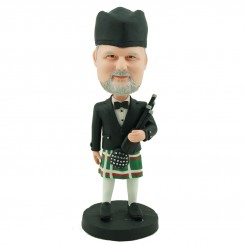 customised scottish bagpiper bobblehead