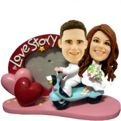 love story couple bobblehead