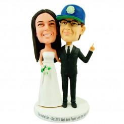 lovely personalised wedding bobbleheads