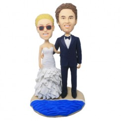 sandbeach customised wedding bobbleheads