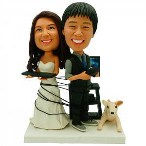 custom gamer couple bobbleheads with a dogs-