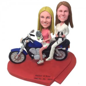 funny female couple bobbleheads