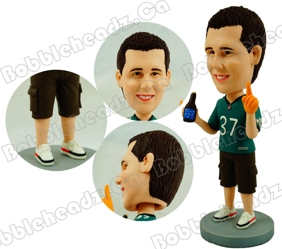personalized-football-fans-bobblehead-doll